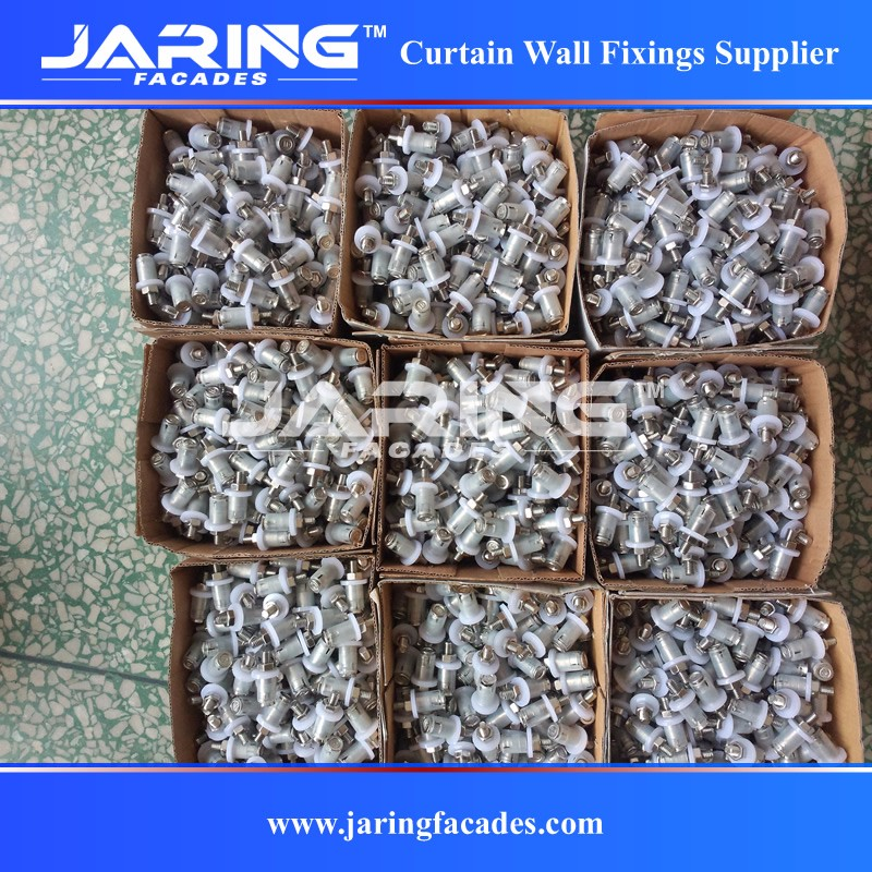 china undercut bolt packing.jpg