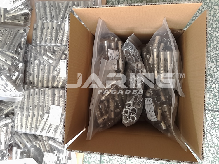 ss304 4pcs shield anchor.jpg